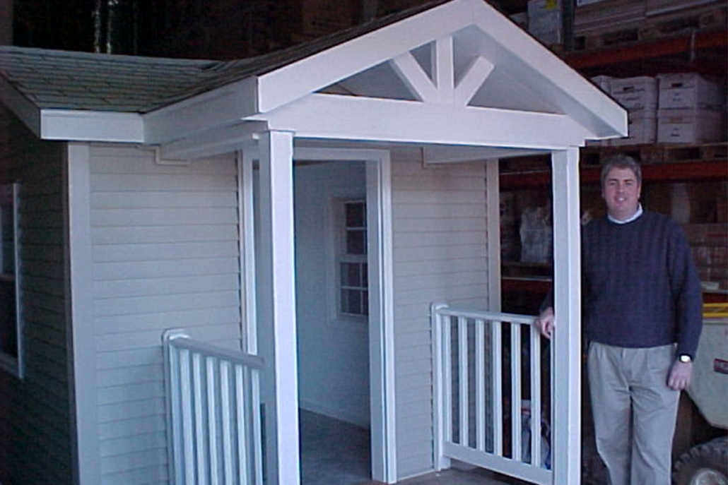 Foster Builds Playhouses for Kids