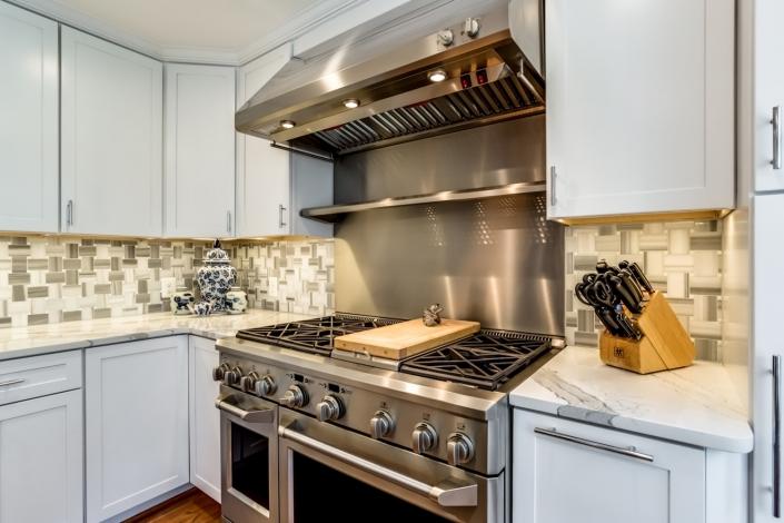 Vienna Kitchen Remodel - Stove