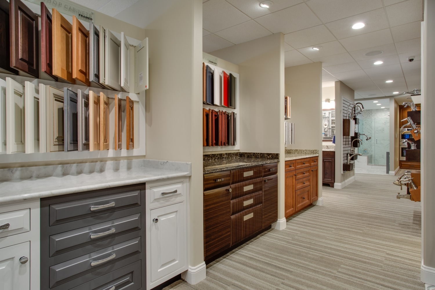 Foster Remodeling Solutions Showroom_cabinet selections