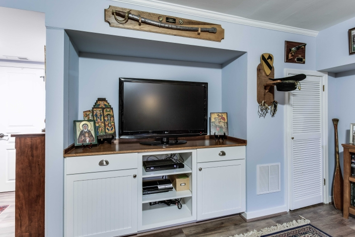 Basement remodel, Alexandria, VA with Crystal Shoreline cabinets and Amerock Allison pulss and knobs