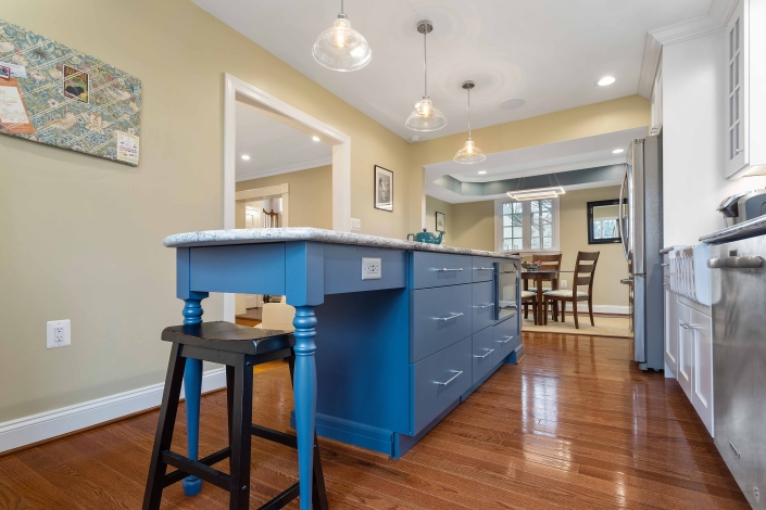 custom remodeling, kitchens, Arlington, VA with island with drawers, storage and seating area