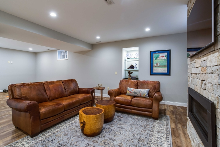 Alexandria Basement Suite with Living area