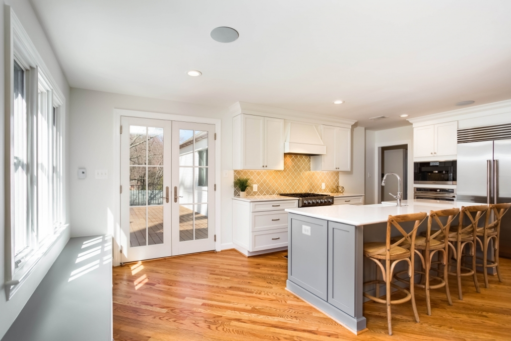Arlington, VA custom kitchen remodel with Waypoint cabinets and white oak hardwood flooring with stain