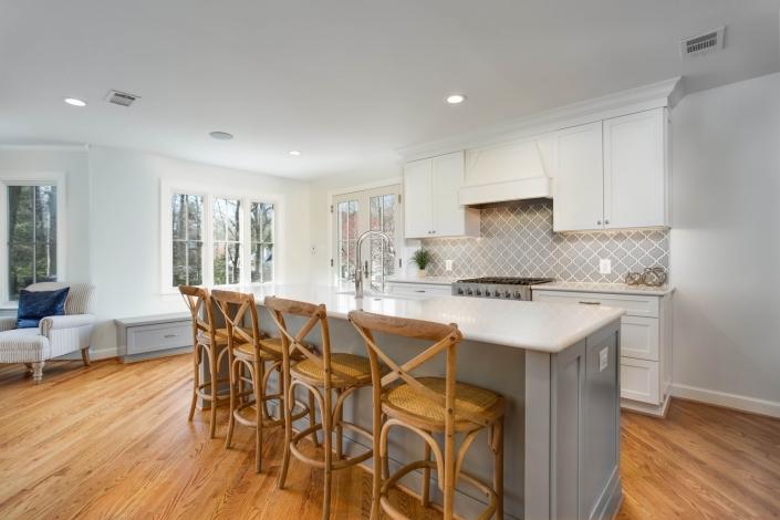 interior custom kitchen remodel, Arlington, VA with Waypoint custom cabinets and island and MSI Highland park Dove gray backsplash