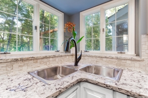 custom kitchen remodel Woodbridge VA featuring Delta Esque black matte pull out faucet