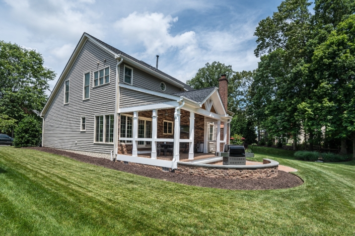 Addition in Springfield with outdoor living space