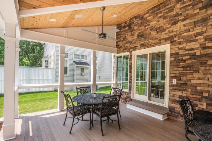 Seating area cozy outdoor patio in Springfield