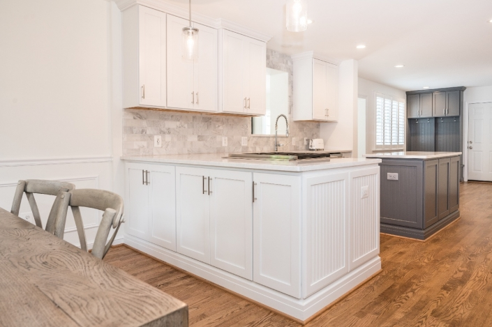 Alexandria modern kitchen remodel with Crystal cabinets, island and mudroom organization