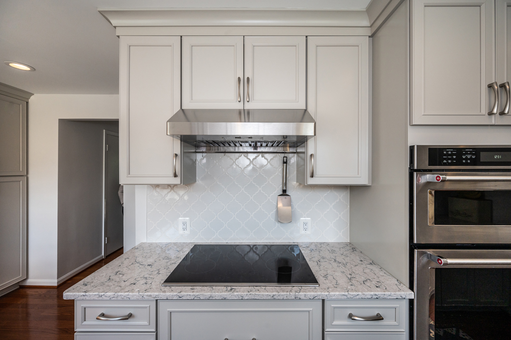 Alexandria, VA kitchen remodeling with Ceramic Tile backsplash and Silestone Pietra countertops