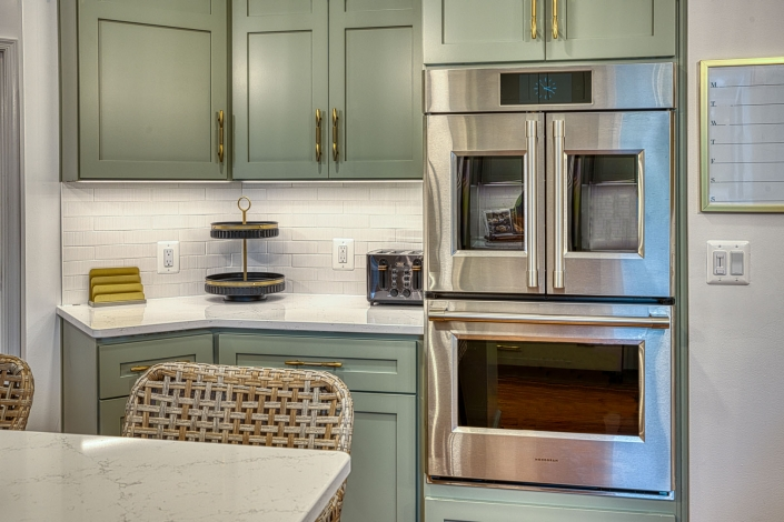 Custom kitchen remodel Gainesville VA with double wall ovens
